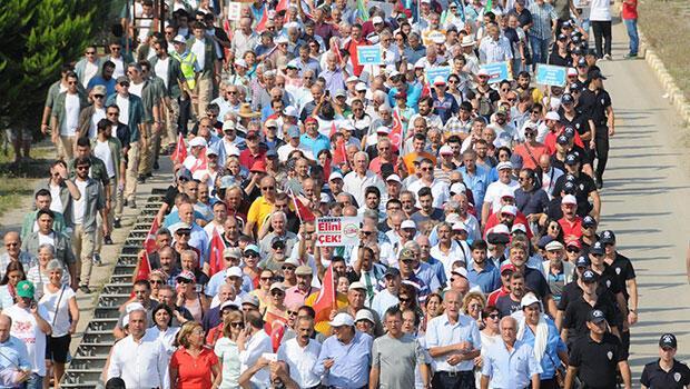 CHP'nin yürüyüşü sürüyor