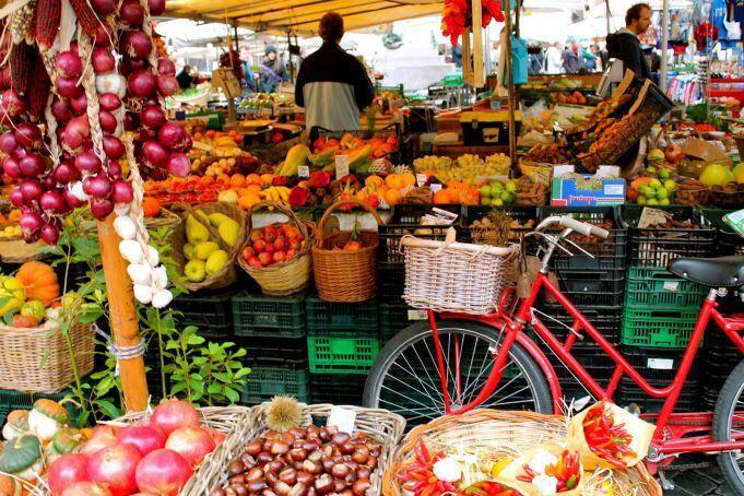 İtalya'da ucuz alışveriş rotaları