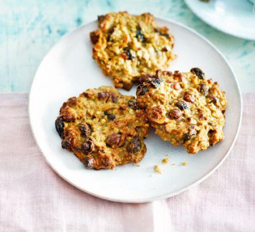 Dedikodunun yanına çok iyi gidecek 2 kurabiye tarifi