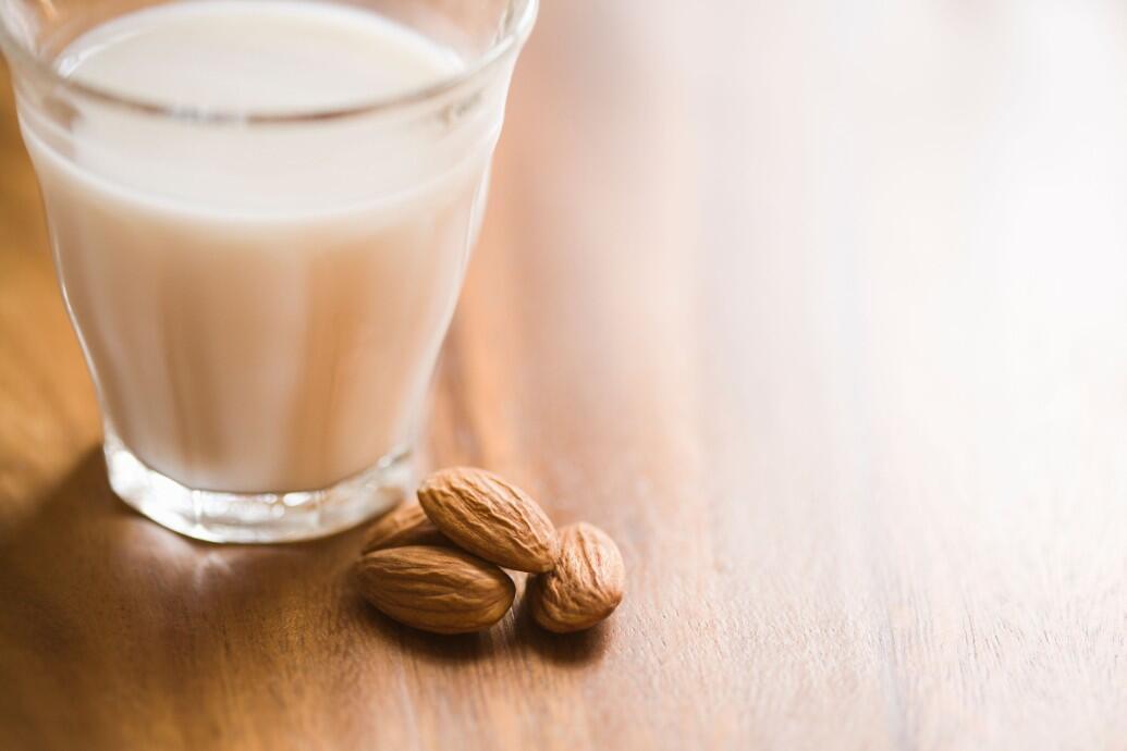 Badem sütü tarifi