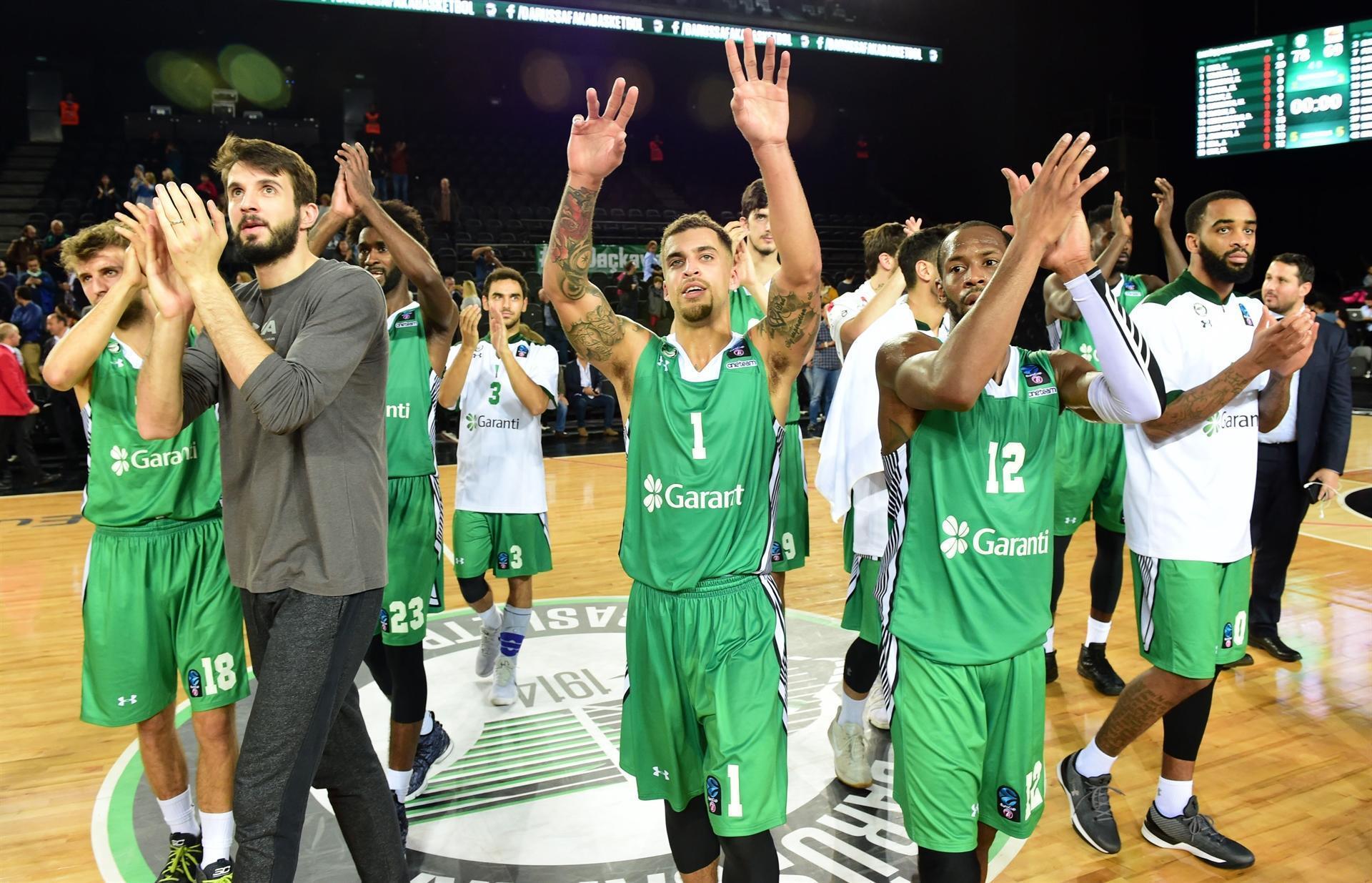 FIBA Avrupa Kupasındaki derbide gülen Pınar Karşıyaka 87