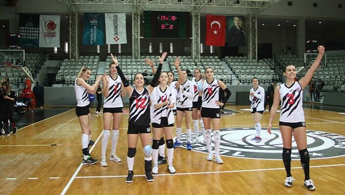 Beşiktaş evinde Halkbank'ı devirdi