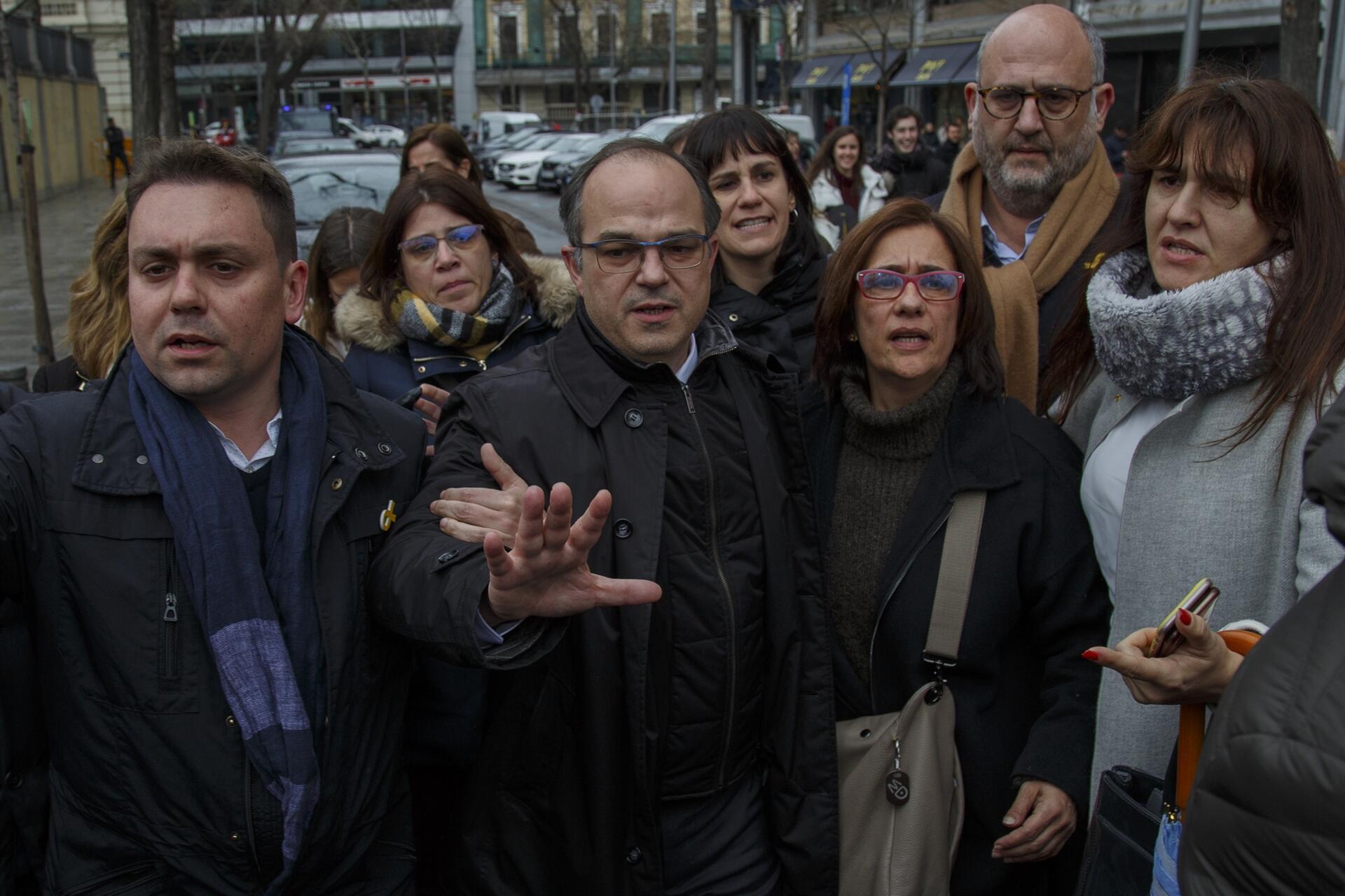 İspanya'da 5 ayrılıkçı Katalan siyasetçi daha tutuklandı