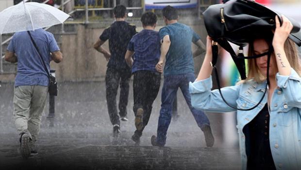 Kent genelinde sabah erken saatlerinden itibaren etkili olan sağanak yağış,