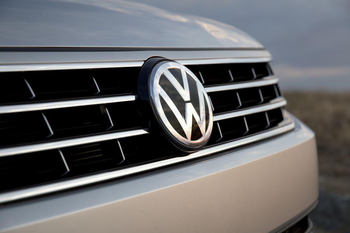 Volkswagen şirketine 1 milyar euroluk şok para cezası