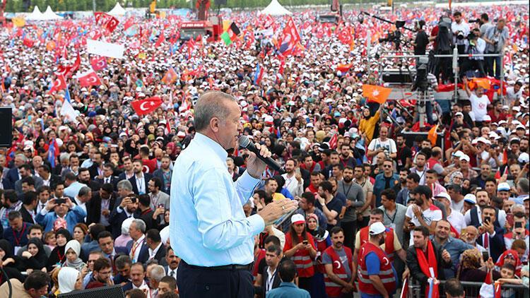 Haberin diğer fotoğrafları için tıklayınCumhurbaşkanı ve AK Parti Genel Başkanı