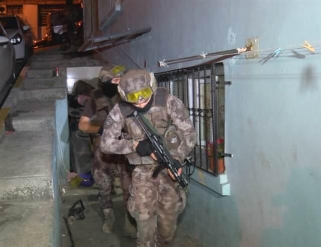 Beyoğlu'nda 04:00'te operasyon