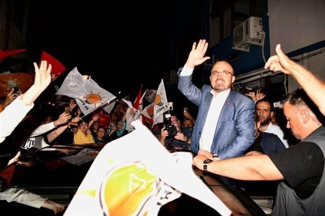 Çanakkale'de 4 milletvekilini AK Parti ve CHP paylaştı