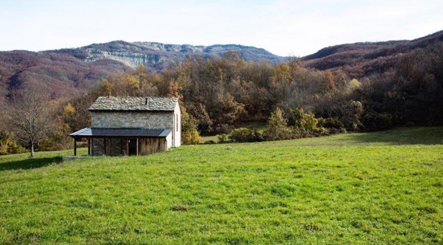 İtalya'nın dağ köyünde zamanı donduran bir inziva evi