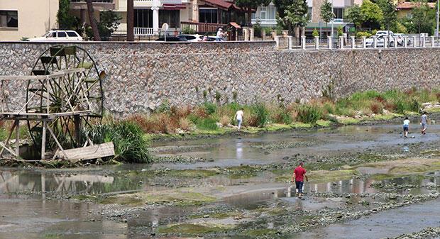 Haberin diğer fotoğrafları için tıklayınAmasya Belediyesi tarafından uygulanan Yeşilırmak Şişirme