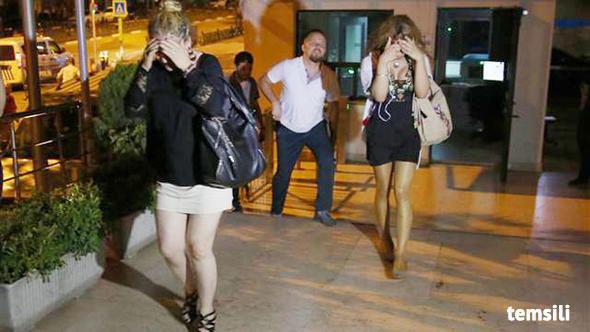 Edinilen bilgiye göre, Denizli'de polis, eskort sitelerindeki kadınlarla birlikte olmak