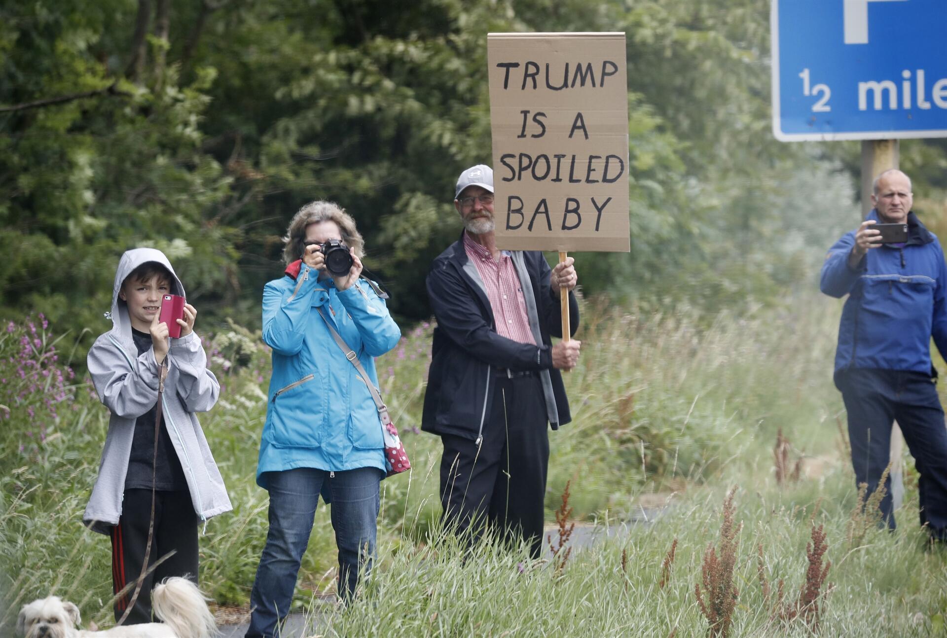 Trump: AB ABD'nin rakibi