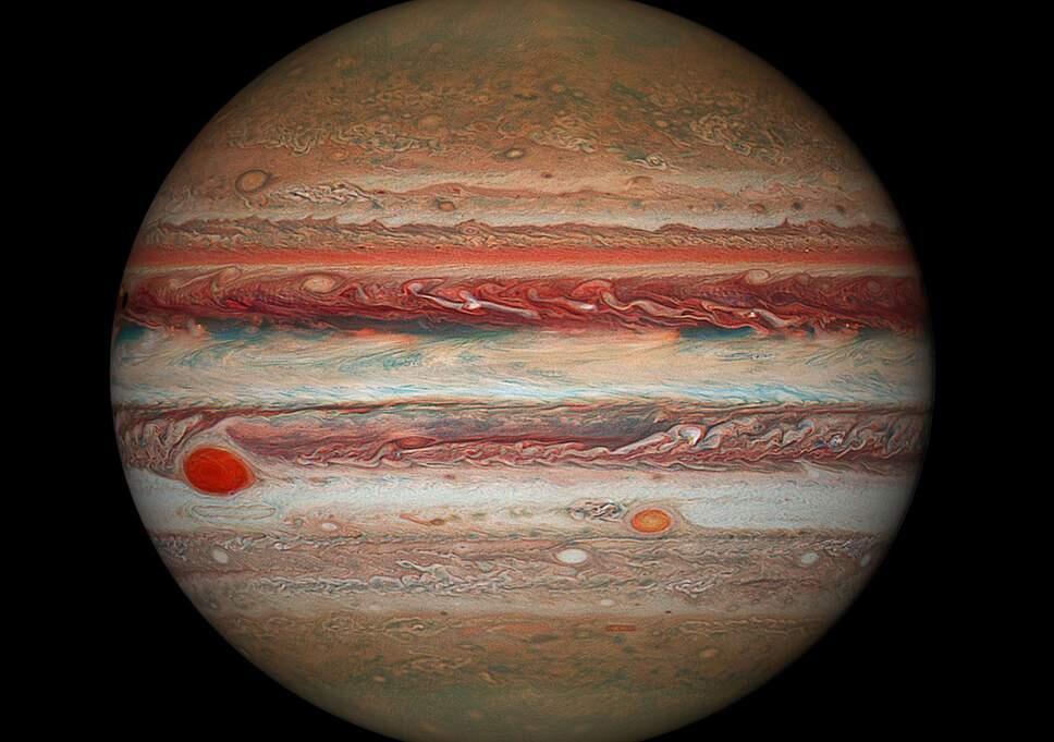 Jüpiter'in yeni uyduları keşfedildi