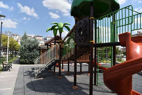 Başkent'in dört bir yanında bulunan parkları daha güvenli hale getirmeyi