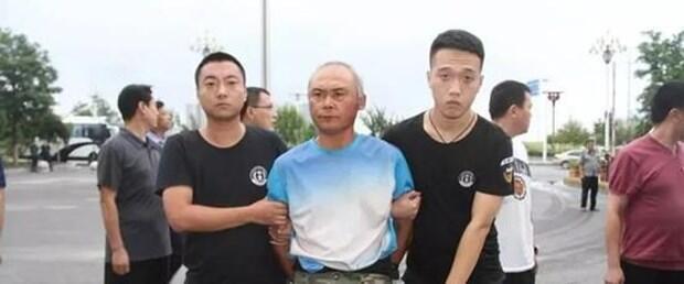 7 kişiyi öldürmekle suçlanan iki kardeş 29 yıl sonra yakalandı
