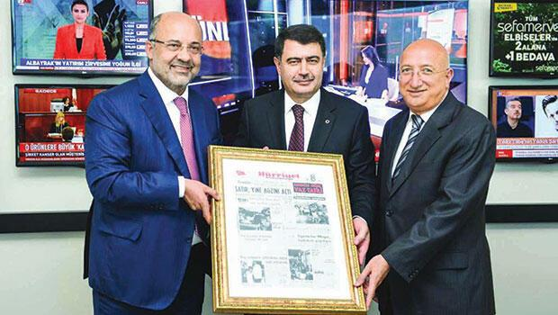 Vali Şahin'e doğum  günü Hürriyet'i