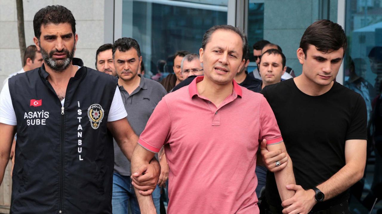 Gamze Özçelik Evini sattı iddialarına açıklama yaptı