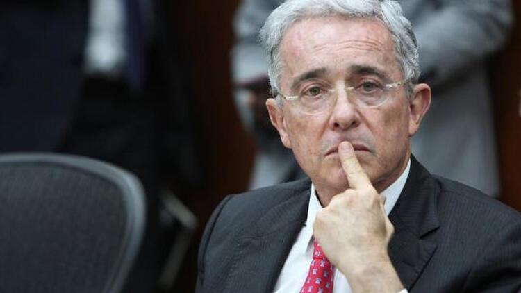 Eski Kolombiya Devlet Başkanı'ndan Venezuela'da 'darbe' çağrısı