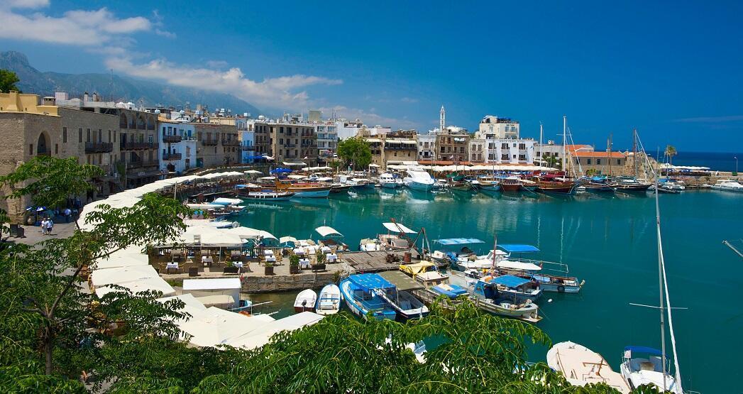 Kıbrıs'ta güneşin izinde