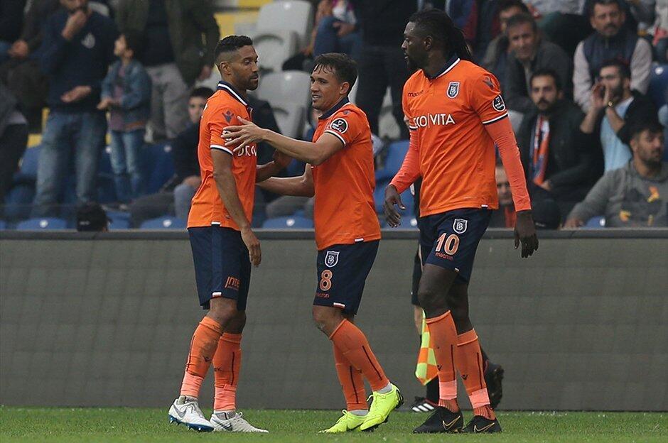 Medipol Başakşehir evinde Kayserispor'u mağlup etti