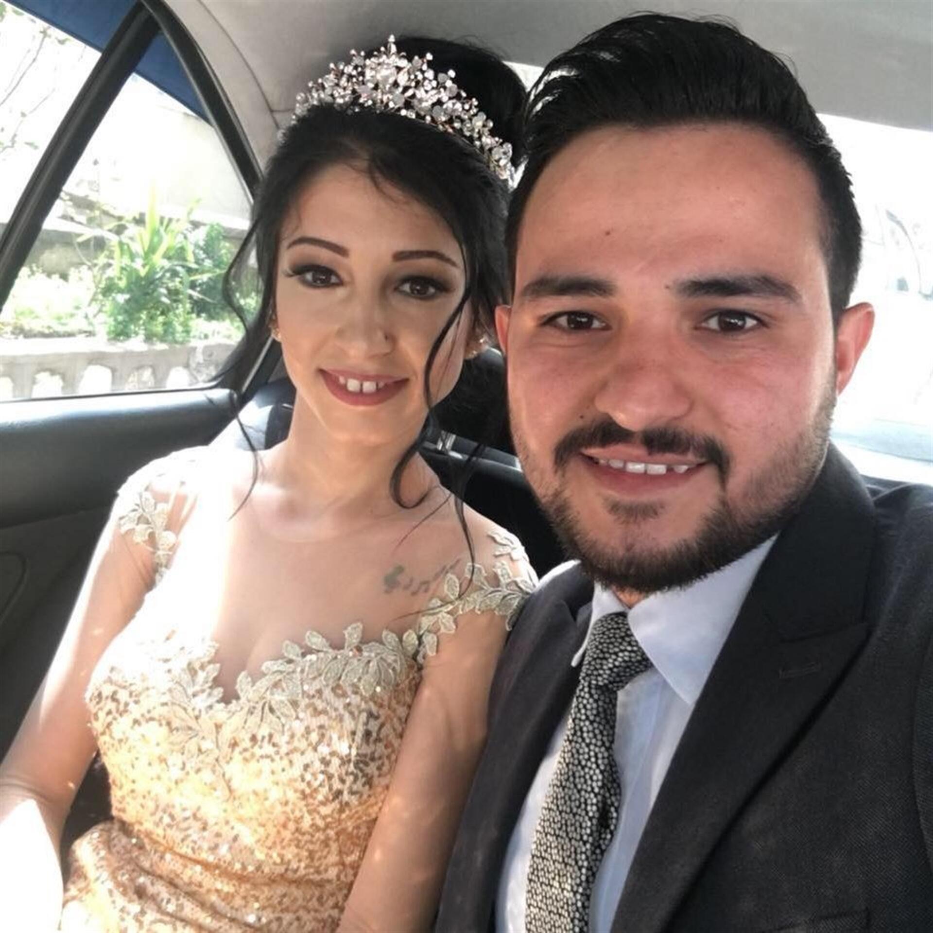 Araçta kocasını bekleyen hamile kadın neye uğradığını şaşırdı son dakika haberler