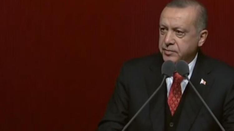 Cumhurbaşkanı Erdoğan Başakşehir Merkez Camii'nde incelemelerde bulundu