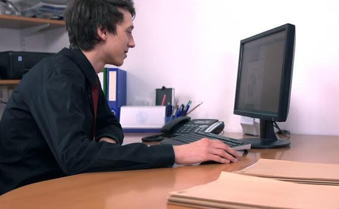 İş yerlerinde masaüstü bilgisayarların sonu geliyor!