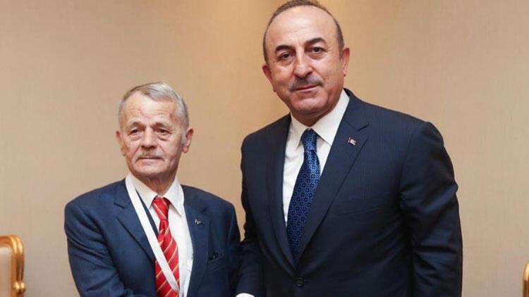 Çavuşoğlu Doha'da Tatar lideri ile görüştü
