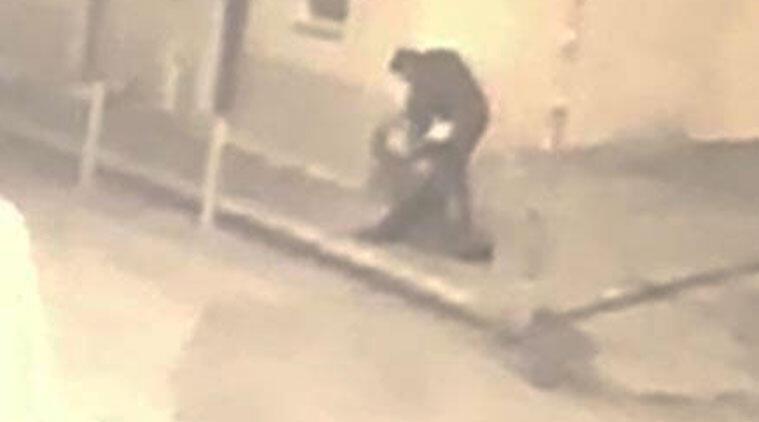 Sokak ortasında korkunç olay! Defalarca bıçakladı...