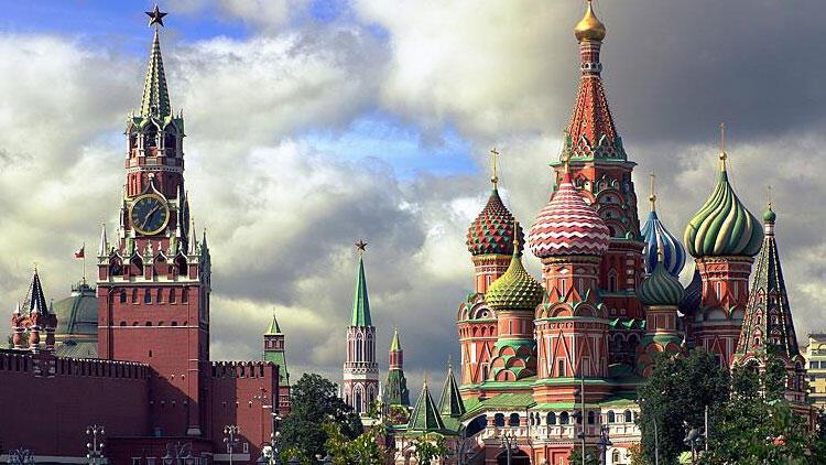 Rusya ekonomisi yaptırımlara rağmen büyüyor