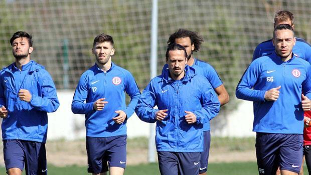 Antalyaspor'da Demir Grup Sivasspor maçı hazırlıkları