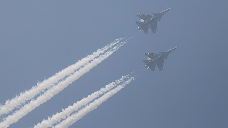 Son Dakika Pakistan Savaş Uçakları Hindistan Hava Sahasına