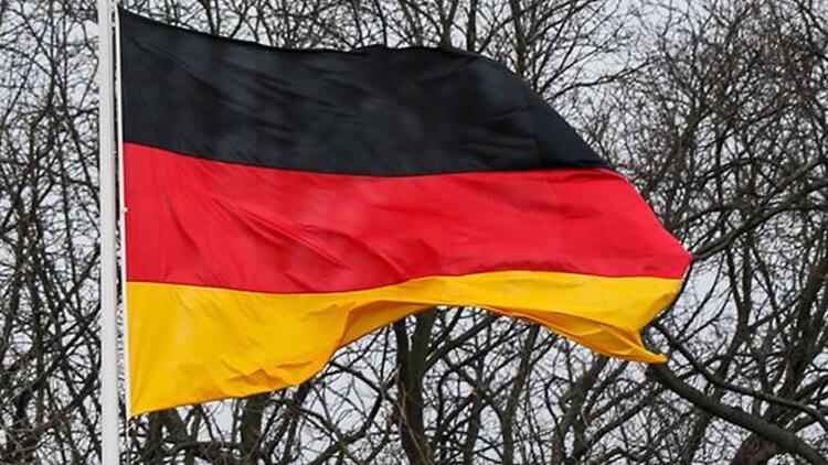 Almanya'da 467 Neonazi ortadan kayboldu