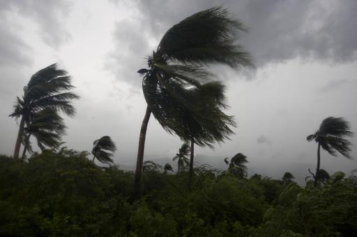 Hindistan'da fırtına çok sayıda can aldı