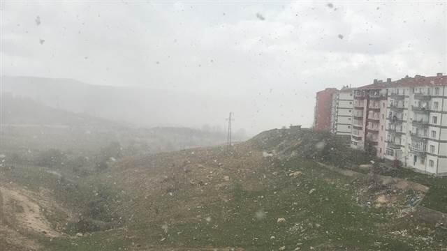 Ankara'ya 20 Nisan'da kar yağdı