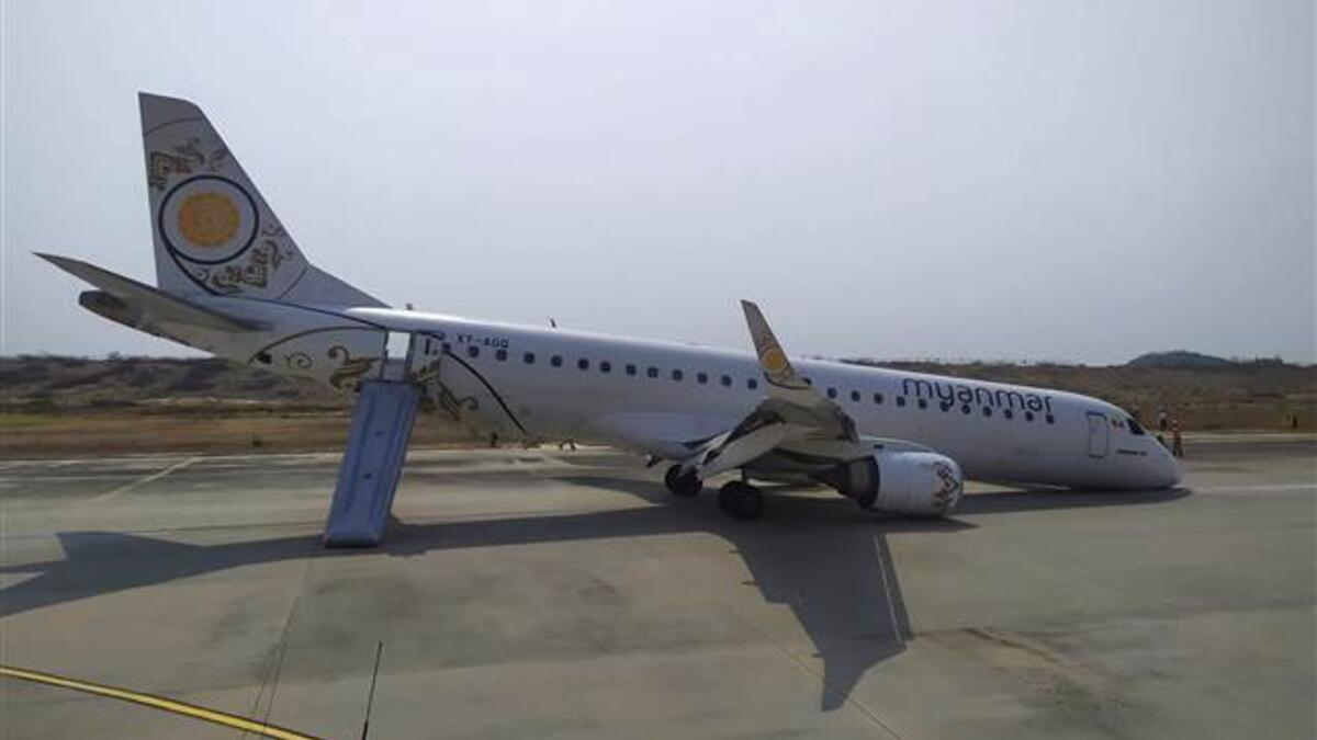 Myanmar'da yolcu uçağı acil iniş yaptı ile ilgili görsel sonucu