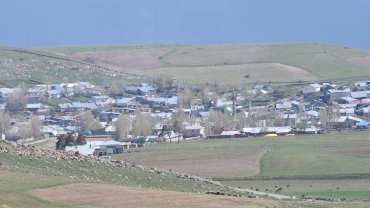 Katliam köyü... 6 kişi toprağa verildi