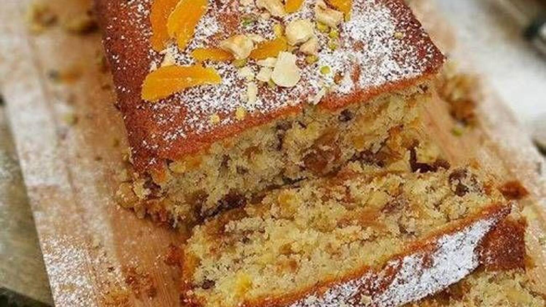 Kuruyemişli Kek