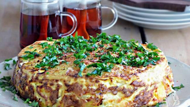 Fırında patatesleri fırında pişirmek nasıl doğru ve lezzetli
