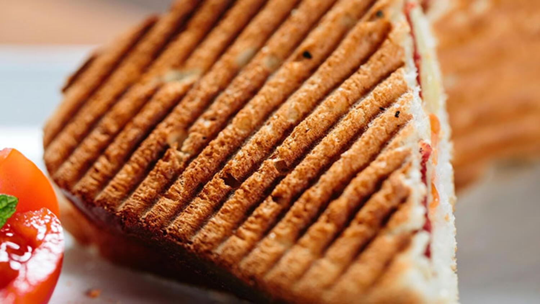 Hardallı tost tarifi