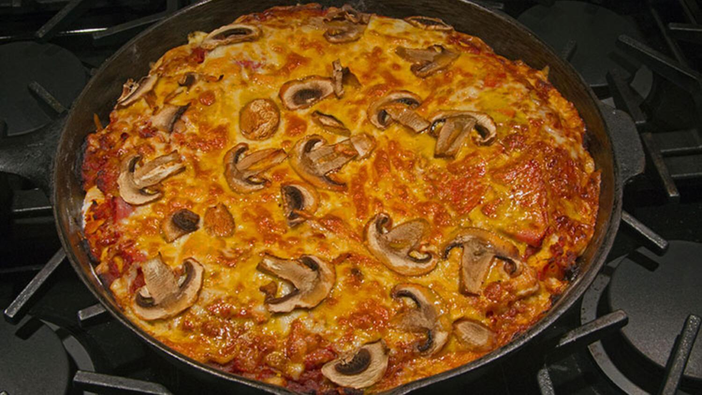 Tavada Pizza Tarifi-Kolay ve cok lezzetli-Yemek Tarifleri