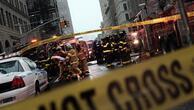New York'un göbeğinde vinç devrildi