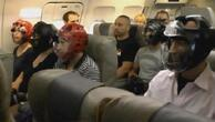 Skandalın yaşandığı şirketin uçağına böyle bindiler