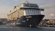 Kuşadasına sezonun ilk transatlantik gemisi geldi