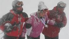 Uludağ'da donmak üzereyken kurtarıldı
