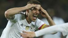 Ve Lukas Podolski resmen veda etti Yıldız oyuncunun duygusal gecesi...