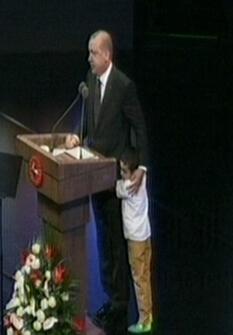 Beştepede tören Erdoğan gözyaşlarına boğuldu