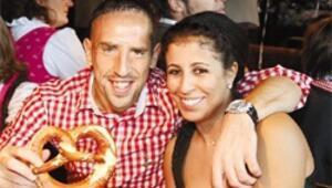 Bayern'in yıldızları biracı çıktı