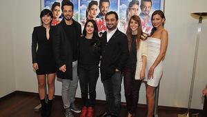 Hadi İnşallah filminin İzmir galası yapıldı