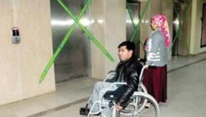 15 asansörü bozuk hastane
